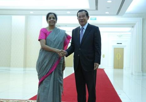 Hon'ble Raksha Mantri of India Her Excellency Mrs. Nirmala Sitharaman call on H.E. Samdech Hun Sen, Prime Minister of Kingdom of Cambodia: 11 June 2018