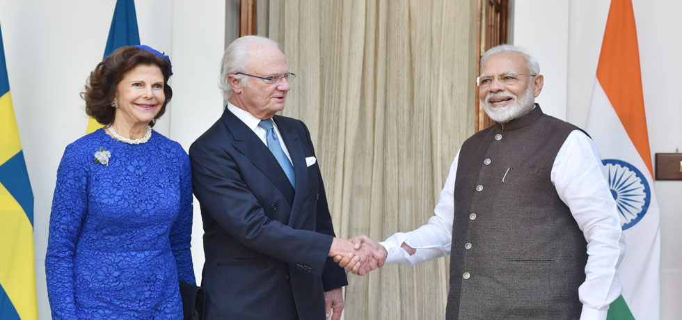 Prime Minister meets King Carl XVI Gustaf and Queen Silvia of Sweden at Hyderabad House, New Delhi