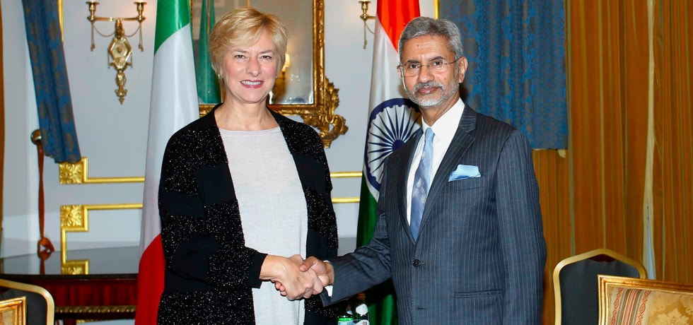 External Affairs Minister meets Senator Roberta Pinotti, President of India–Italy Parliamentary Friendship Group in Italy