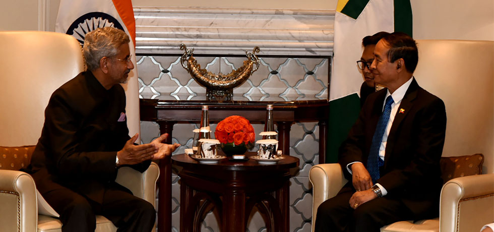 External Affairs Minister calls on U Win Myint, President of Myanmar in New Delhi[ph]Photo Courtesy - Photo Division[/ph]