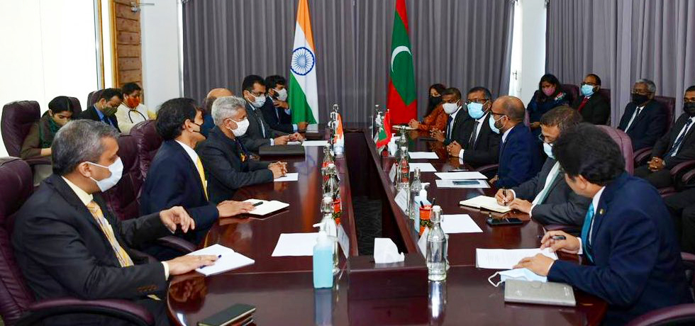 External Affairs Minister meets Ministers of Finance, Economic Development, and National Planning, Housing and Infrastructure of Maldives