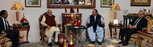 Visit of Prime Minister to Pakistan (December 25, 2015)