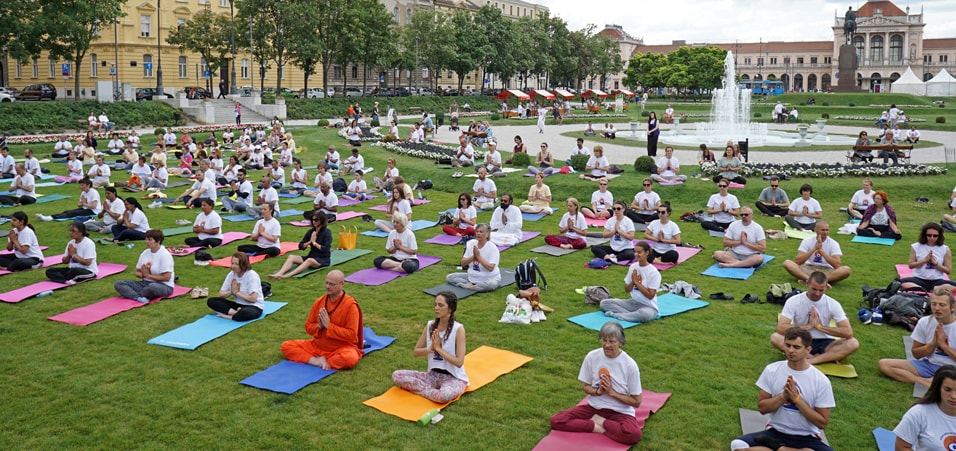 Celebrations of International Day of Yoga 2017 take place in Zagreb