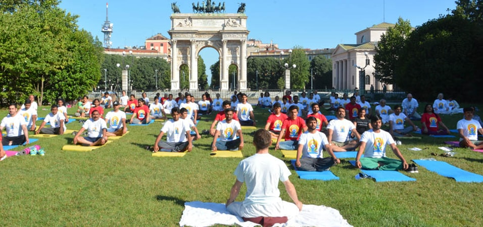 International Day of Yoga-2017 celebrated at Parco Sempione (Simplon Park), Milan