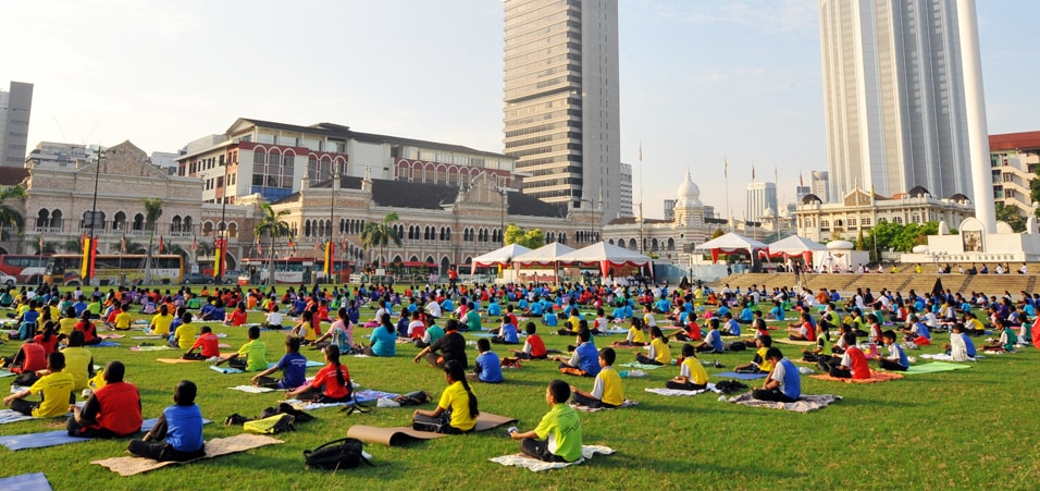 Over 1500 school teachers and students participated at the 3rd International Day of Yoga celebrations held at Dataran Merdeka, Kuala Lumpur