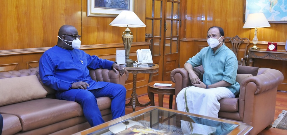 Minister of State for External Affairs meets Michael Oquaye, High Commissioner of Ghana in New Delhi