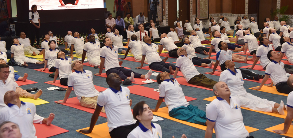 5th International Day of Yoga celebrations for Diplomatic Corps in Delhi at Pravasi Bhartiya Kendra
